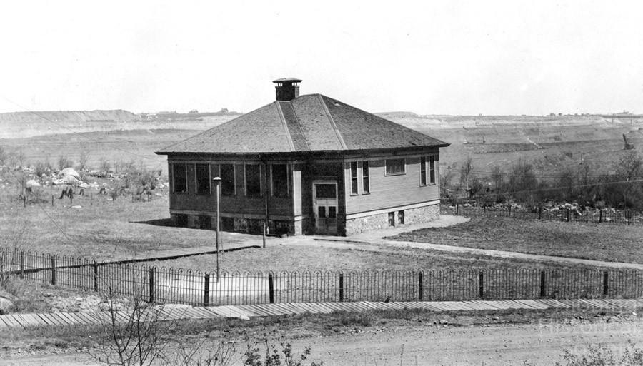 Mahoning School, circa 1920